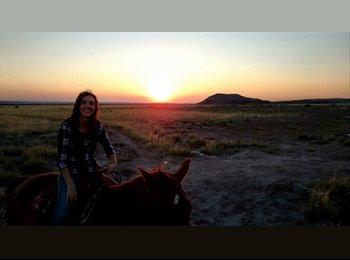 EasyRoommate US - Kathryn  - 20 - Phoenix