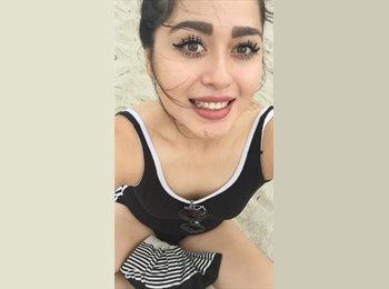 Amber - 18 - Student