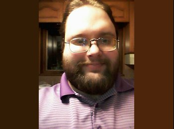EasyRoommate US - Christopher - 29 - Central Jersey