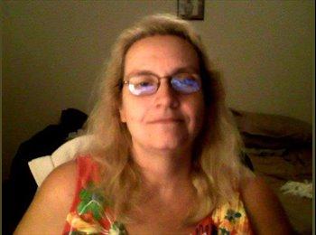 EasyRoommate US - Denise - 54 - Albany