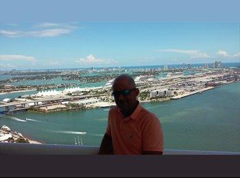 EasyRoommate US - Frank - 48 - Miami