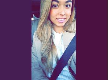 Desiree - 19 - Student