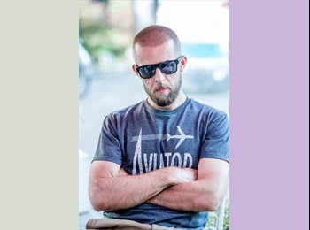 EasyRoommate US - Piotr - 33 - Long Island