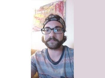 EasyRoommate US - Josh - 27 - Detroit Area