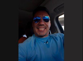EasyRoommate US - Sergio - 42 - Miami