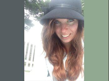 EasyRoommate US - Alexandra - 24 - Dayton
