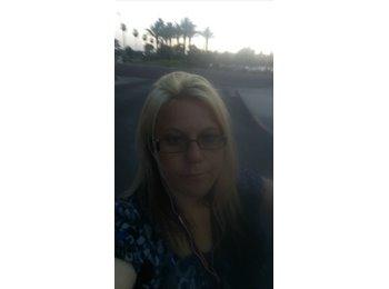 EasyRoommate US - Jenna - 30 - Phoenix