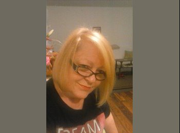 EasyRoommate US - Tina - 59 - Nashville Area