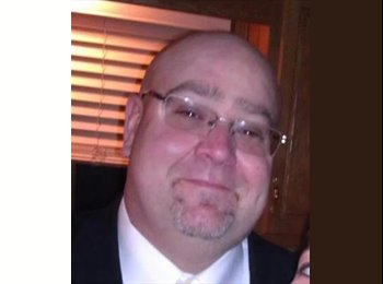 EasyRoommate US - Mike - 44 - Rochester