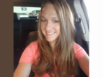 EasyRoommate US - Ashley - 29 - Chesapeake