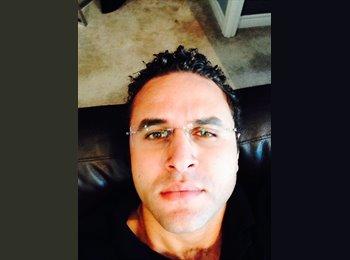Ayman - 30 - Professional
