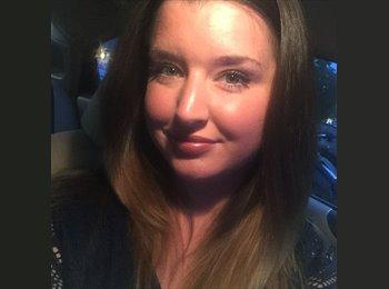 EasyRoommate US - Stephanie - 27 - Birmingham