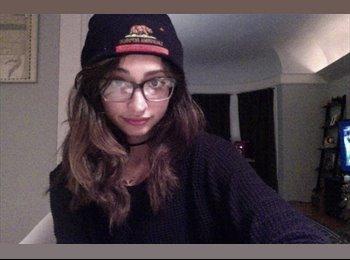 EasyRoommate US - Lauren  - 22 - Other-Colorado