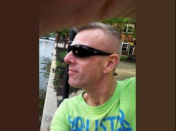 EasyRoommate US - David - 44 - Indianapolis Area