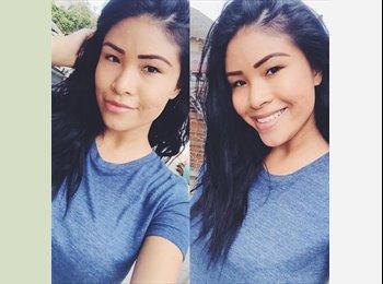 Amy Nguyen - 20 - Student