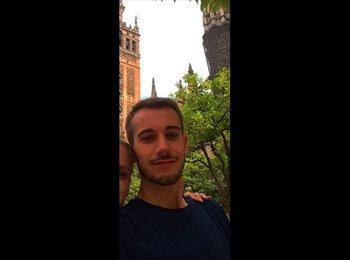 EasyRoommate US - Sylvain - 26 - New York City
