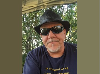 EasyRoommate US - Joe Racki - 54 - Sacramento Area