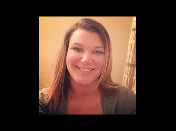 EasyRoommate US - Sarah - 34 - Jacksonville