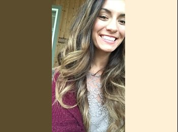 EasyRoommate US - Courtney - 22 - San Diego