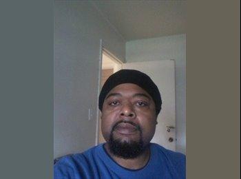 EasyRoommate US - Thomas Strickland - 39 - Charlotte Area