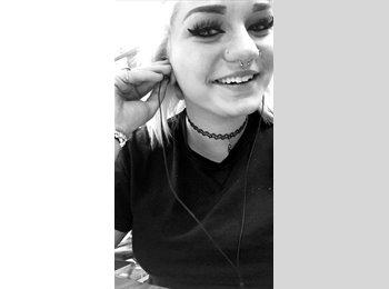 Kyndle Baughan - 18 - Student