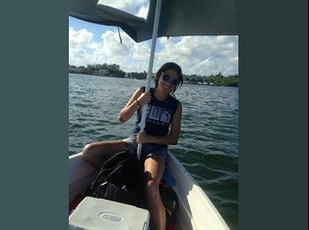 EasyRoommate US - Brittany Tinkler - 29 - Miami
