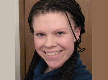 Teresa - 25 - Professional