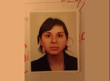 Marcela - 24 - Professional