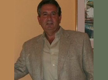 Carlos - 64 - Professional