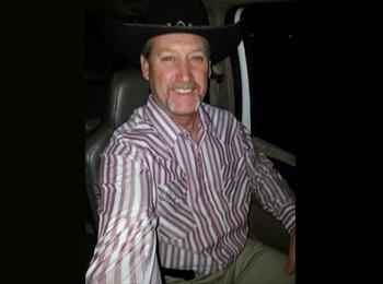Charles johnson - 51 - Professional