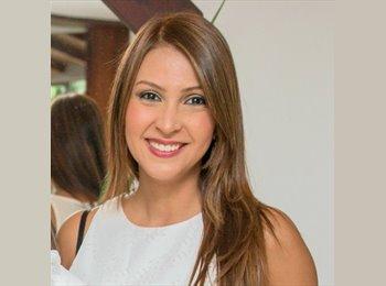 EasyRoommate US - Juliana Correa - 32 - Cambridge