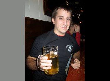 EasyRoommate US - Sam Patrick - 24 - Other-Illinois