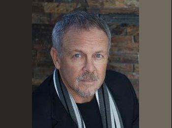 EasyRoommate US - David Larson - 60 - San Diego