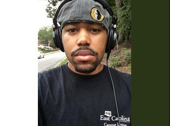 EasyRoommate US - Jamal - 23 - Anaheim