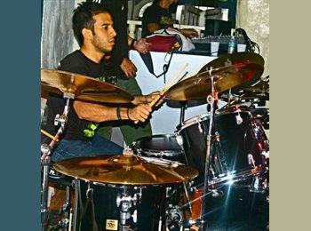 EasyRoommate US - Carlos - 29 - NYC