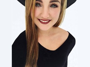 Antonia - 18