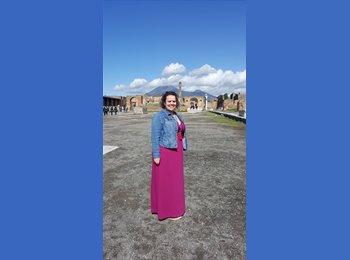 Julieanna  - 33 - Professional