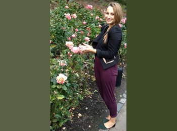 EasyRoommate US - Stephanie - 23 - United States