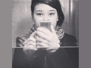 Kamila - 20 - Student