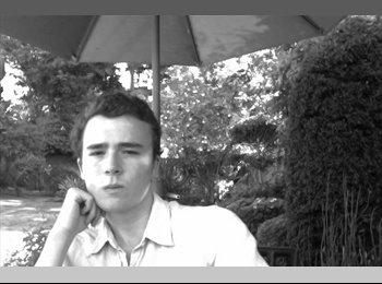 Liam - 21 - Student