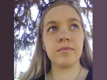EasyRoommate US - Laura - 18 - Fort Collins