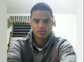 EasyRoommate US - Jose - 23 - Rochester