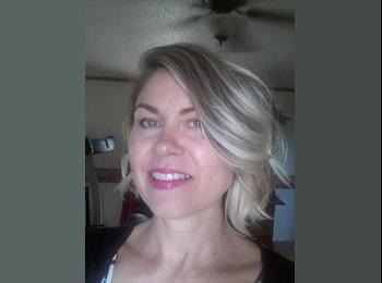 EasyRoommate US - Denise - 44 - Savannah