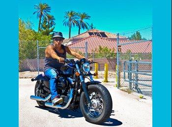 EasyRoommate US - Daniel Ortiz - 37 - Las Vegas