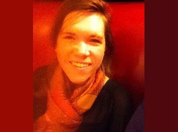 EasyRoommate US - Lauren McElaney - 23 - United States