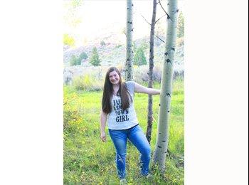 EasyRoommate US - Brittany Broome  - 19 - Bryan