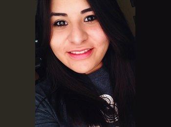 Ashley - 19 - Student