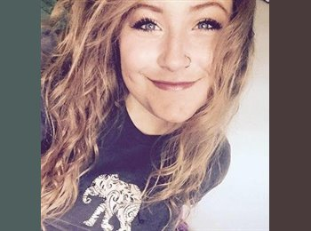 EasyRoommate US - Haley - 19 - Eau Claire