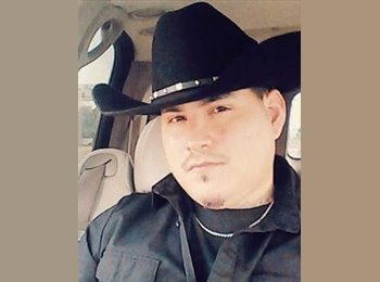 EasyRoommate US - Samuel Sustaita - 34 - San Antonio