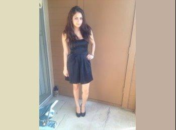 EasyRoommate US - Ashley Chunn - 24 - San Marcos